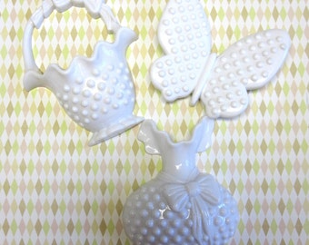 White Hobnail Basket ButterFly Bottle 1984 Burwood Wall Hanging Set Of Three