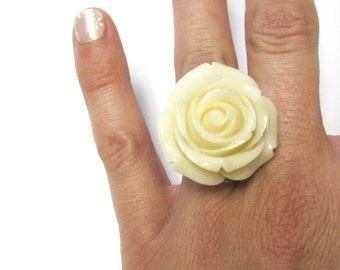 Large Rose Ring Ivory Flower