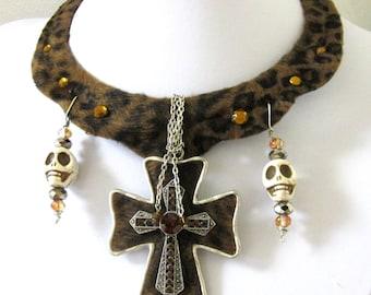 Day of the Dead Bib Necklace Sugar Skull White Cross