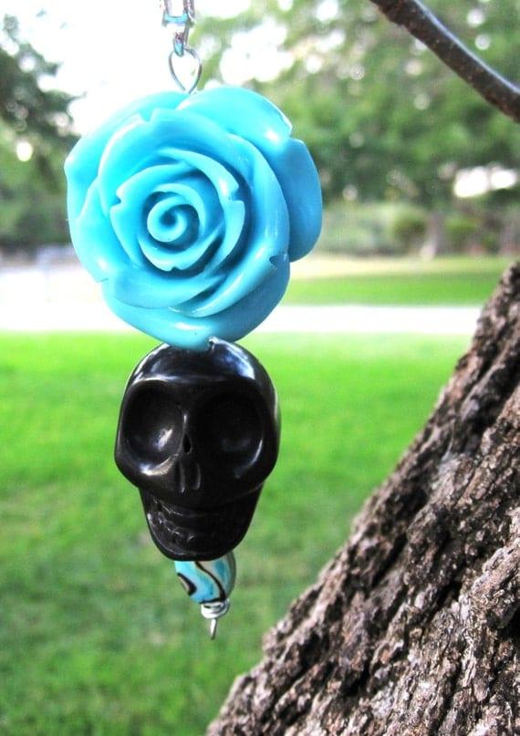 Big Daddy Giant Black Sugar Skull Keychain & Large Victorian Blue Rose