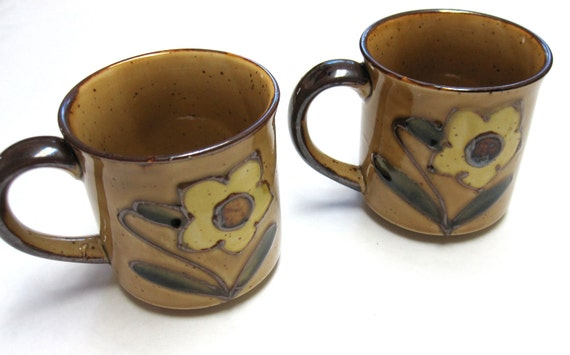 Set of Two Brown Floral Stoneware Mugs Coffee Cups