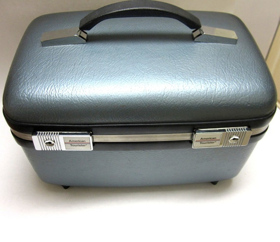 Vintage American Tourister Metallic Gray Blue Carry on Travel Cosmetic Train Case Tray Keys