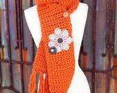 One button orange scarf with vintage details