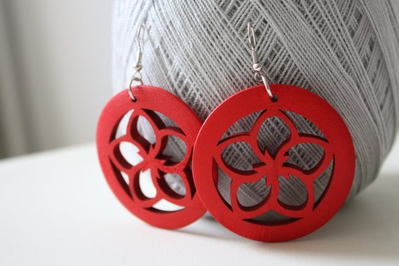 A RED Flower Cut wood earring  ,Naturally Beauty Recycle Wood  Earring