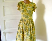 Pretty Vintage  1950s Dress and Jacket, Fit & Flare Floral, Metal Zipper