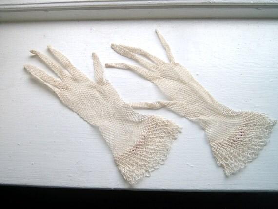 Pretty Vintage Crocheted Gloves Made in Austria Netting Ecru