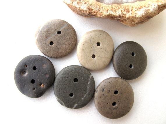 Beach Stone Supplies - EARTHY BUTTONS by StoneAlone -  Pebble Buttons, Knitting Buttons, Sewing Buttons