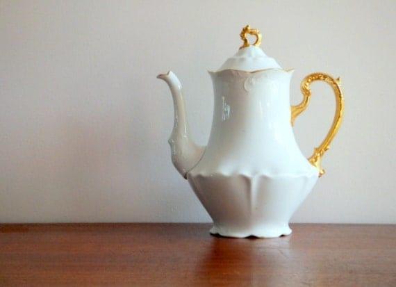 White & Gold Teapot, Austria
