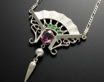 Victorian style silver necklace of fan motif with spinel and green garnet