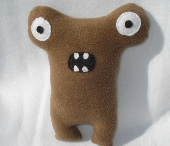 Herman The Hammerhead Squeaky Dog Toy - Brown