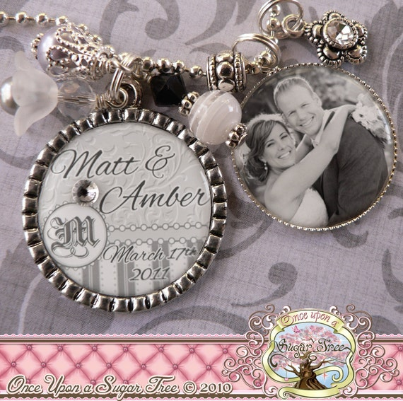 Personalized WEDDING Bezel Necklace with Photograph, Bridal Engagement, Bottle cap, Initial, Bridesmaids Gifts, Wedding, Bridal Shower