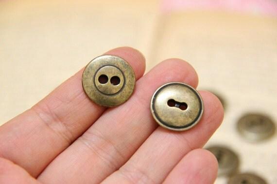 12pcs of Antique Brass Heavy Metal Button // 18mm 2 holes