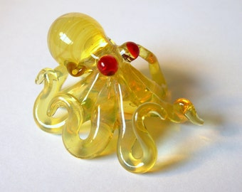 Small Glass Octopus Pendant Transparent Yellow