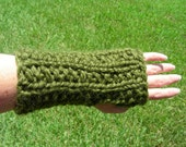 Fingerless Gloves, arm warmers, fingerless mittens, green hand knit in ribbed seed stitch