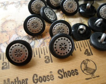 """Western Pattern Embossed shank Buttons 20 pewter color metallic & black plastic removable jacket size 24L (5/8"""" 15MM) paper tag supply"""