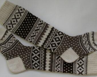 Scandinavian pattern rustic autumn knit knee-high grey white wool socks CUSTOM MADE