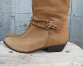 Vintage Tan Leather Boots with braided detail -  Size 8 9