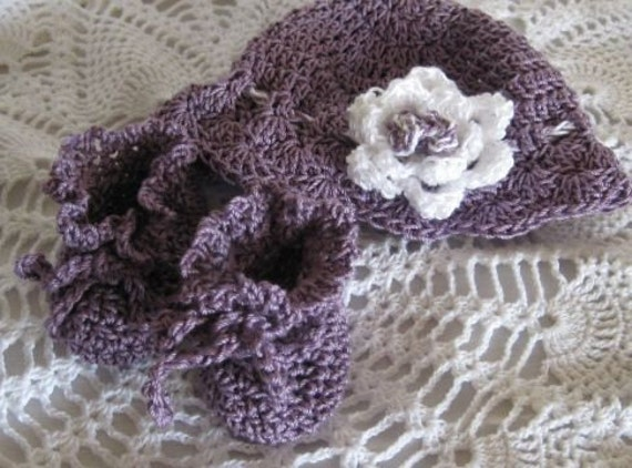 Baby Set...Booties and Matching  Hat  Plum and White ..Soft and Lacy   Ready to Ship
