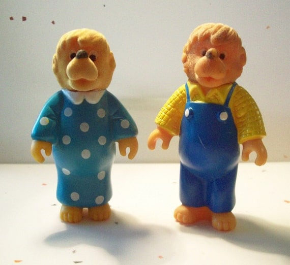 Vintage McDonald's Happy meal Toys - Mama and Papa Berenstain Bears - 2 toys in Lot - 1986