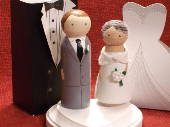 Desirae's My Groom Is Taller than Me- Wedding Cake Topper