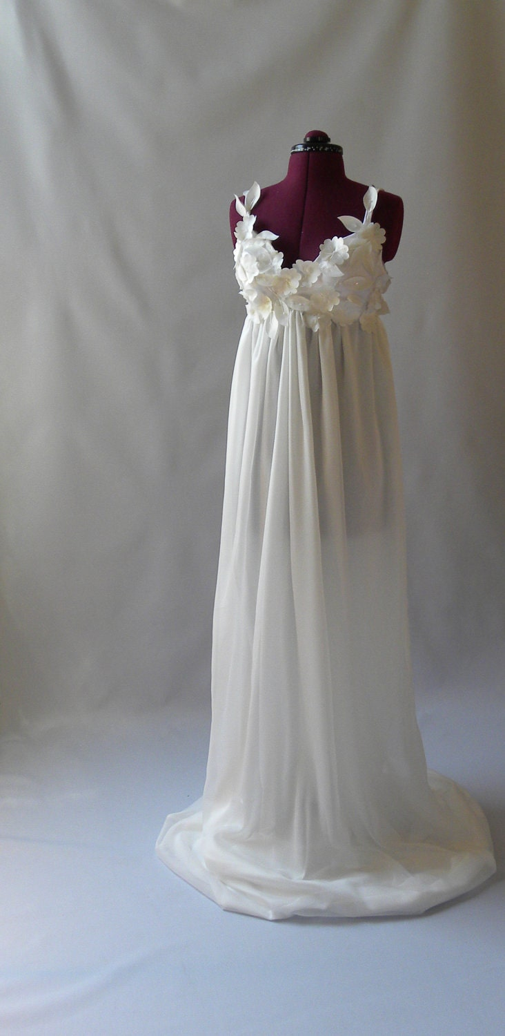 dress flowy wedding gown clearance
