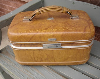 Vintage Airway Train Case- We have the largest selection of Vintage Traincases