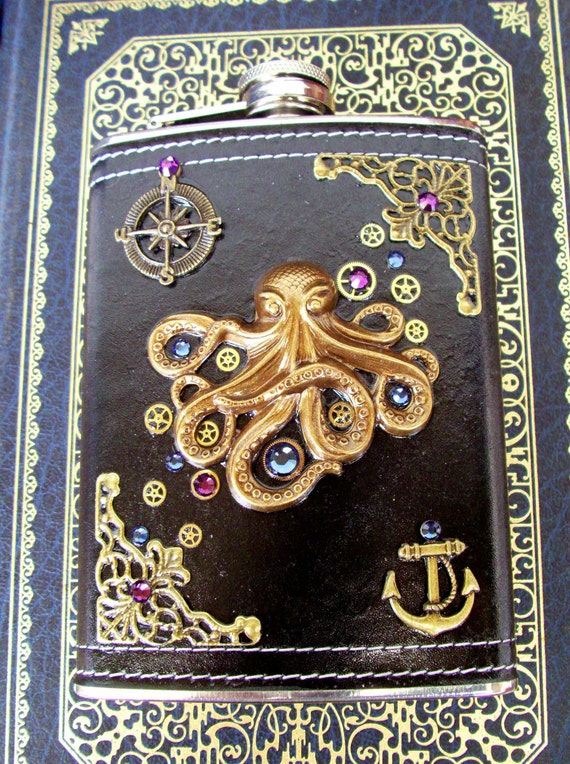 Steampunk Flask (F59) - Kraken Octopus - Nautical Themed - 8 Ounce - Black Leather