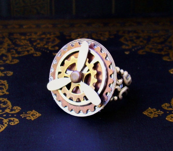 Steampunk Ring (R46-2) - Propeller and Gears - Spinning Parts - Adjustable Ringband