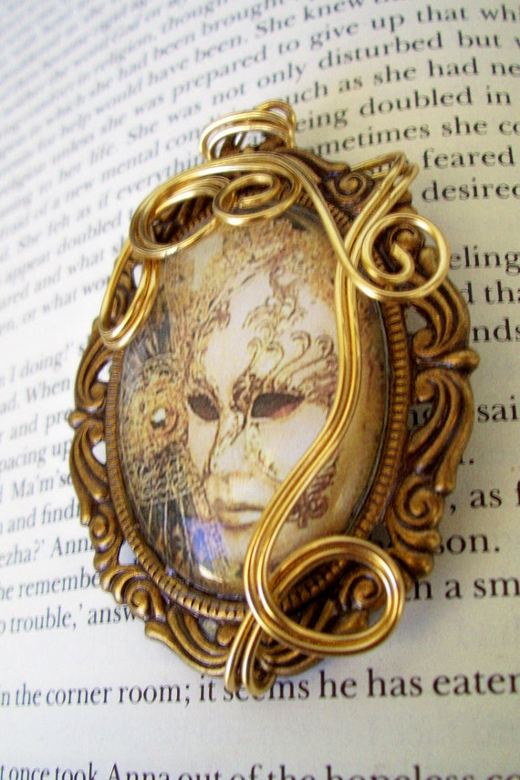 Venetian Mask Brooch (P107) - Image Under Glass Cabochon - Wire Wrapped - Steampunk Mardi Gras