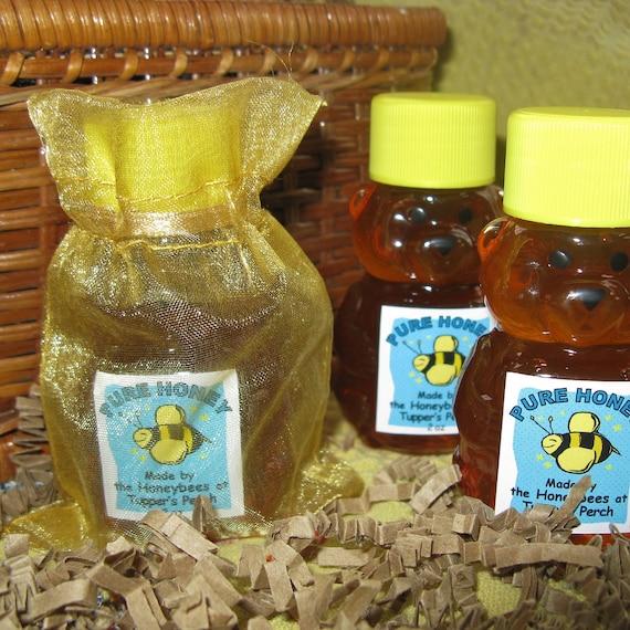 Honey Bear Party Favor / 2 oz Honey / Gift Package / Hostess / Teacher Gift / Bee Theme Baby Shower / Wedding Favor / Bear Theme Baby Shower