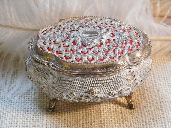 Tiny Vintage Jewelry Box - Ornate Detail - Gold White and Red - Decorative Ring Box - Engagement Ring Box - Special Gift Idea
