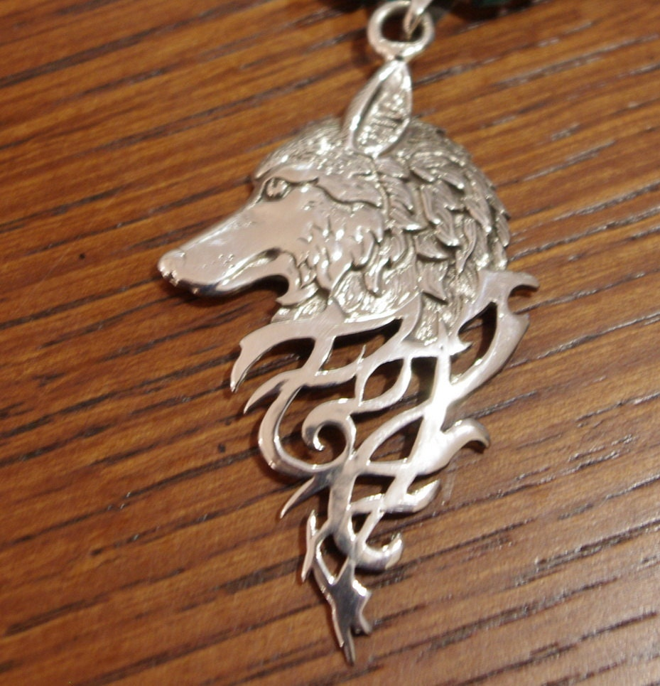 celtic sterling silver wolf pendant necklace