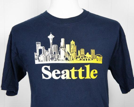 Vintage Seattle T-Shirt w/ City Skyline, Size L