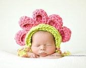 PDF Crochet PATTERN: Bonnet with 5 Petals - Newborn and 0-3m