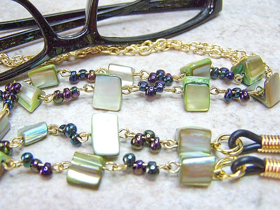 EYEGLASS NECKLACE HOLDER Chain -Green, Mother of Pearl w Blue Drop Beads