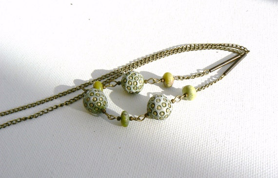 Green chrysotone and Ceramic Beads Vintage Look Chain Necklace
