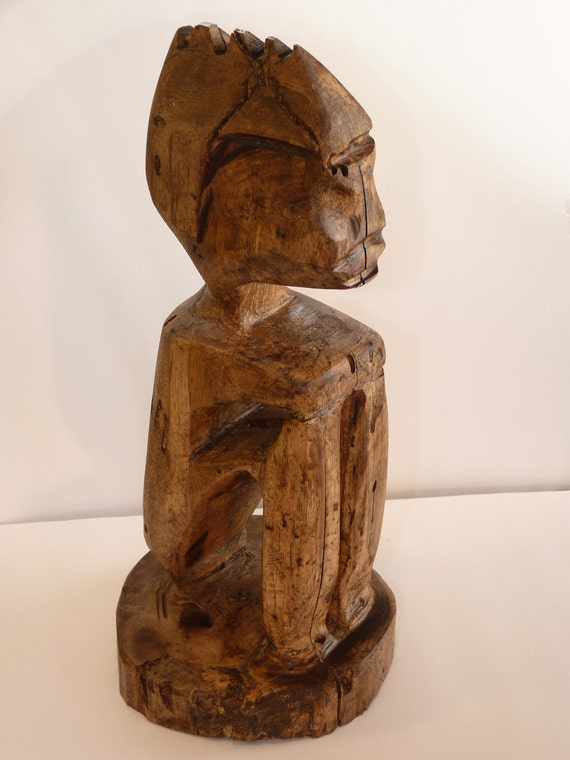 Primitive Folk Art  Wood Carving Sitting Mayan, Aztec type Man, Rustic Country Log Cabin Look, Wormy Maple