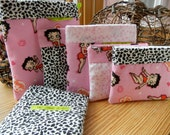 Reusable sandwich bags and sandwich wrap Set of 6 w/ 2 original stay fresh bags. Made with flannel. Betty Boop