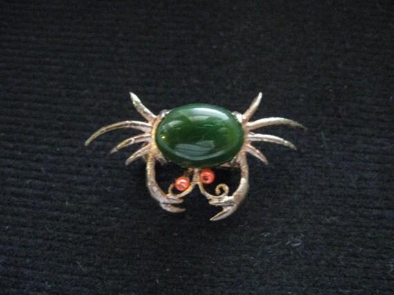 VintageJade crab brooch with coral eyes retro jade crab brooch vintage jewelry