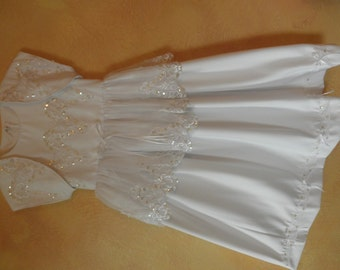 Long white flower girl dress sz 4
