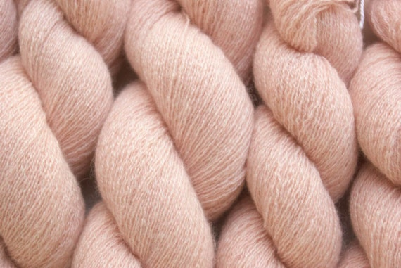 Recycled Yarn, Peachy Pink Lace Weight Cashmere, 561 Yards