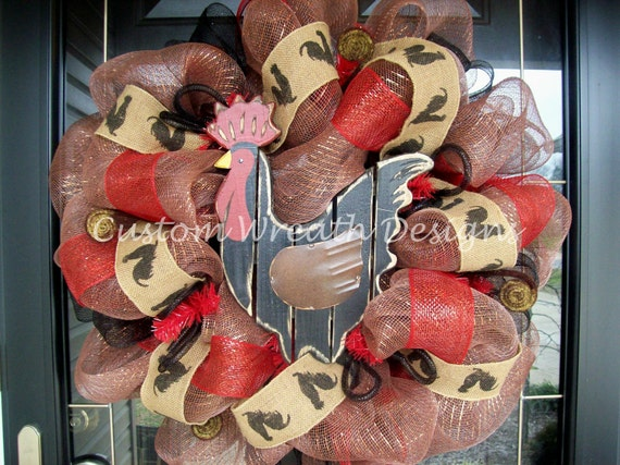 Rooster Mesh Wreath with Burlap