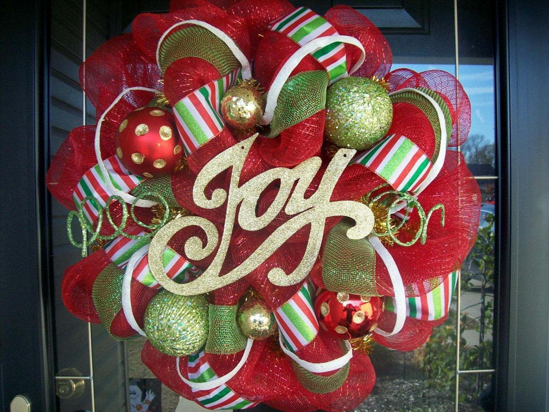 Holiday Fun Christmas Mesh Wreath