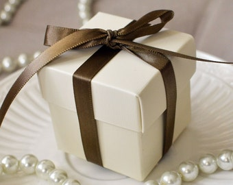Ivory Favor Box-Set of 10
