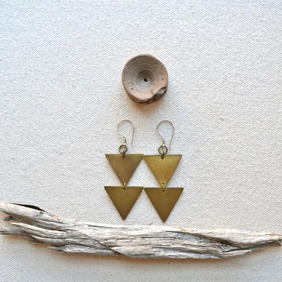 various points earrings in handcut brass