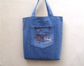Jungle-Dream - light blue denim tote with embroidered jungle scene, handmade from recycled jeans