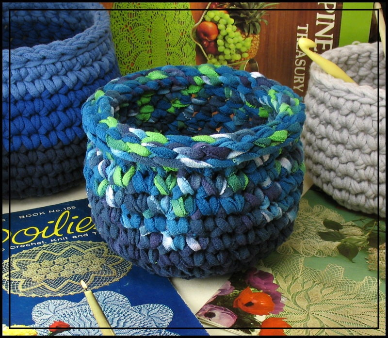Crochet Patterns For T Shirt Yarn : Crochet Bowl made using Recycled T shirt yarn Variegated