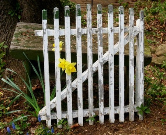 Vintage Wood Garden Gate Fence Gate Green & White ChiPpy Paint