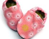 Organic Girl Handmade Starburst Pink Crib Baby Shoes- Size 0-3 months
