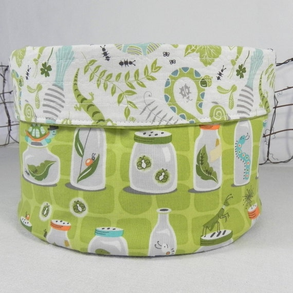 Fabric Yarn Bowl: Green and White, Summer in the Backyard, Bug Collection